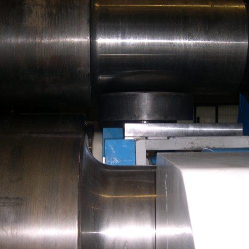 Cone bending device